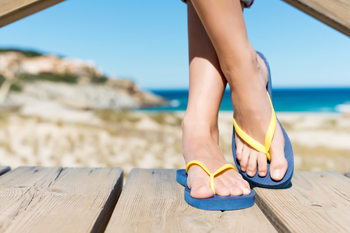 cb12b9140d6c Wearing Flip Flops May Causes Uncomfortable Foot Conditions